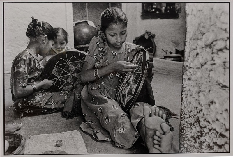 33 Photo31, Girls embroidering, India, 1993.jpg